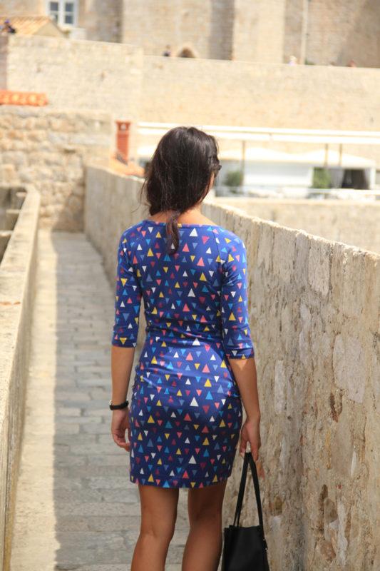 Střih na dámské šaty Jackeline